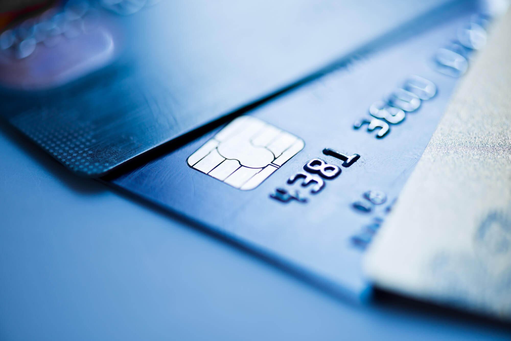 alguns produtos como cartões de crédito só podem ser oferecidos por empresas que possuem permissão do Banco Central